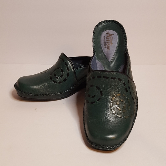 Clarks Shoes   Womens Artisan Slip On